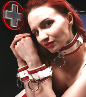 Clair Adams of ClairBondage.com loves our Seduction Leather Cuffs Set
