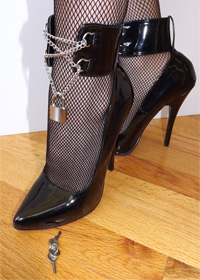 Dominant - submissive Fetish  Bondage High Heels