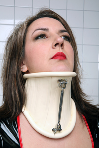 Neck Corset with adjustable metal bar