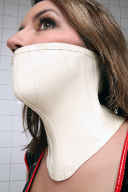 Over The Mouth Latex Neck Coset